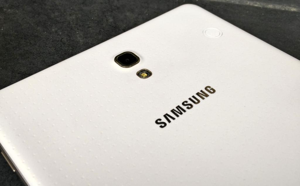 Samsung Galaxy Tab S 8.4, aparat