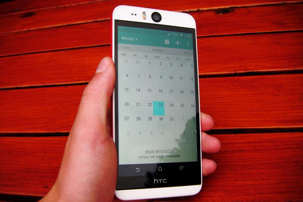 HTC Desire EYE fot2
